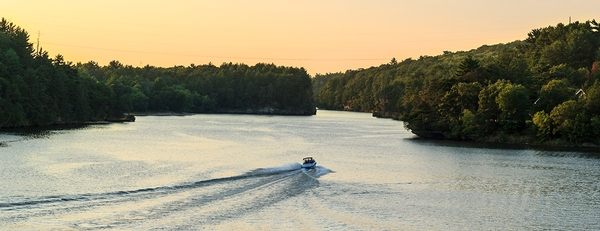 Three essential tips to ensure smooth sailing this boating season