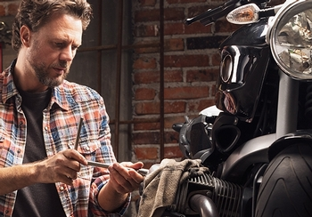 Spring motorcycle maintenance checklist